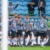 Grêmio vence o Defensor, é líder do grupo e segue na Libertadores
