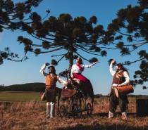 Grupo Ueba estreia espetáculo sobre o Folclore e  as lendas do Rio Grande do Sul