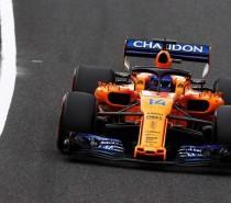 """Alonso critica previsibilidade, mas diz que ainda ama F1: """"Não estou parando por falta de interesse"""""""