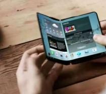 Samsung deve revelar detalhes sobre celular dobrável em novembro