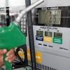 Petrobras anuncia queda no preço da gasolina nas refinarias pela 3ª vez na semana