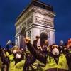 Protestos na França descambam para a violência e o vandalismo