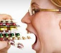 MEDICINA Os perigos da automedicação
