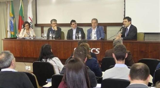 ROTA 2030  Empresas automotivas conheceram oportunidades do programa durante seminário no SIMECS