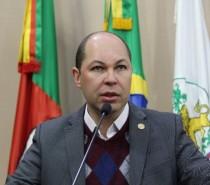 Elisandro Fiuza divulga a Semana Municipal da Pessoa com Deficiência