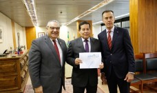 Dirigentes do SIMECS realizam reunião com Vice-Presidente da República e diversos Parlamentares em Brasília.