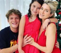 Letícia Spiller posta foto com os filhos e as semelhanças são incríveis!
