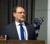 Sartori diz na CIC que País sofre crise de lideranças