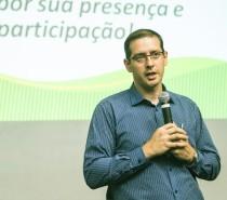 Presidente da Sicredi Pioneira RS palestra na CIC