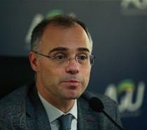 VALOR DE R$ 1,6 BILHÃO  AGU pede que fundo da Petrobras seja usado no combate ao coronavírus