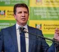Presidente da Assembleia Legislativa palestra na reunião-almoço da CIC Caxias