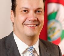 Secretário do Meio Ambiente e Infraestrutura do RS palestra na reunião-almoço da CIC Caxias