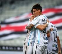 Grêmio vira sobre o Athlético-PR fora de casa e soma três pontos no Brasileirão