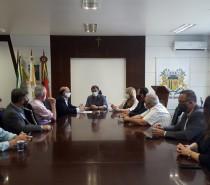 Segurança pública, comércio de ambulantes e comunicação visual pautam reunião da CDL Caxias com o novo prefeito