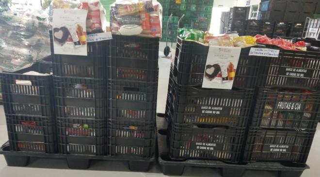 Servidores arrecadam mais de 600kg de alimentos