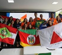 Senac Caxias do Sul recebe alunos que representarão o estado em torneio nacional