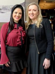 As amigas Amanda de Souza e Marijanes Spessatto participaram de mais uma edição de sucesso da Confraria da Mulher